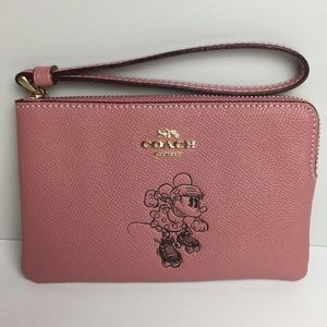 Coach Minnie Mouse Corner Zip Wristlet